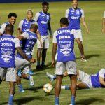 Honduras se enfrenta a Chile presionada por mantener su ranking FIFA