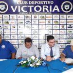 Wilmer Cruz es separado como entrenador del Victoria
