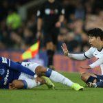André Gomes sufre una grave lesión tras dura entrada de Son Heung-min