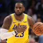 Lakers pierden pero LeBron James logra marca personal en la NBA