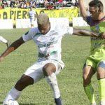 Real de Minas golea 4-0 al Platense en Danlí