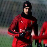 Zlatan Ibrahimovic es suplente en su regreso con el AC Milan