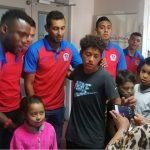 Olimpia comparte con los niños del Hospital María
