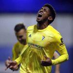 «Choco» Lozano marca el gol del empate de Cádiz