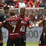 Futbolistas y clubes alcanzan acuerdo salarial ante coronavirus en Costa Rica