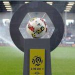 Los dirigentes del fútbol francés se reducen un 30 % el sueldo
