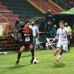 Alajuelense de Alex López pierde 1-0 ante Guadalupe