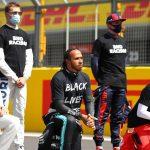 Pilotos de F1 vuelven a protestar contra el racismo antes del GP de Gran Bretaña