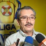 Seis equipos ya no reconocen a Alfredo Guzmán como presidente de la Liga Nacional