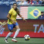 La futbolista brasileña Marta da positivo por COVID-19