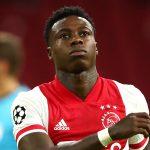 Detienen a Quincy Promoes, futbolista del Ajax, por presuntamente apuñalar a un familiar