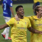 Anthony Lozano marca penal y Cádiz elimina al Pontevedra en la Copa del Rey
