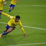 Partidazo del «Choco» Lozano en victoria del Cádiz, dos asistencias y gol