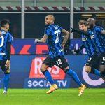 Inter de Milán derrota 2-0 a Juventus y es colíder de la Serie A