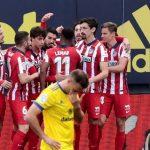 Atlético vence al Cádiz del Choco Lozano y se encamina al título de la Liga española
