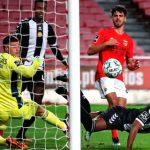 Bryan Róchez marca gol del Nacional en el empate 1-1 al Benfica