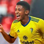 ¿»Choco» Lozano al West Ham por 15 millones de euros?