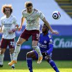 Odegaard desata la victoria del Arsenal