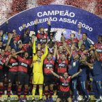 Flamengo levanta su octavo título y amenaza récords de Palmeiras y Sao Paulo