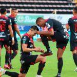 Alex López asiste en la victoria del Alajuelense ante Saprissa