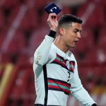 Brazalete de Cristiano Ronaldo será subastado en Serbia