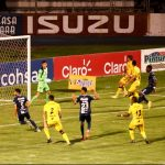 Motagua elimina al Real España en infartante tanda de penales y es finalista