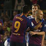 Barcelona vence en la última despedida de Iniesta