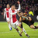 El Valencia se clasifica a octavos de final tras vencer al Ajax
