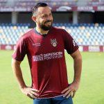 Alfredo Mejía rescinde su contrato con el Pontevedra CF