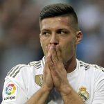 Luka Jovic, delantero del Real Madrid, se fractura entrenando en su casa