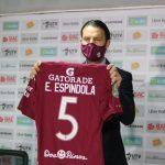 Saprissa presenta sus tres refuerzos y Esteban Espíndola usará el número 5