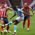 Un gol de Januzaj mete a la Real Sociedad en Europa tras empatar contra el Atlético