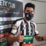 La última locura del «Loco» Abreu: jugará en su club 31
