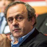 Platini no descarta volver y defiende Catar-2022