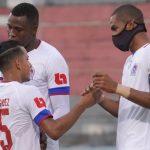 Olimpia golea 3-0 al Vida y se afianza en el liderato de la Zona Centro