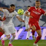 Real Madrid sobrevive al Sevilla para seguir en la pelea por la liga