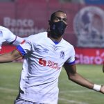 Olimpia vence en penales a Motagua y se corona campeonísimo