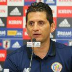 Costa Rica despide al seleccionador Ronald González tras goleada de Estados Unidos