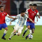 Messi marca golazo, pero Argentina empata contra Chile en su debut de la Copa América